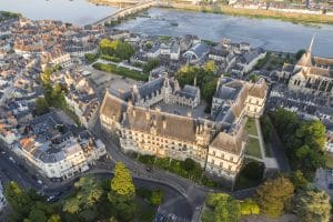 Guided visit of the old quarters of Blois